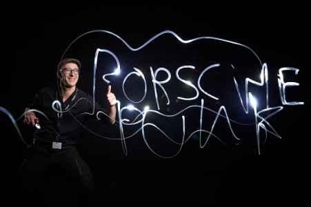 Lightpainting am Konzerntag der Porsche Holding in der Messe Salzburg