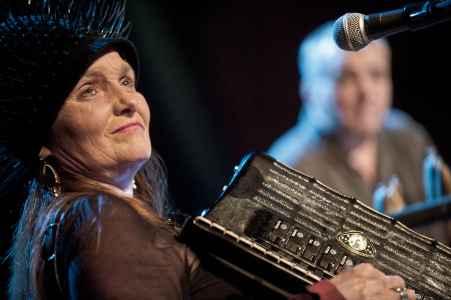 Musikgenuss von der Bühne im Odeïon oder Dorothea Porsche Saal