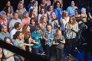 KunstBox-Gospel-Workshop-Konzert-EmailWerk-Seekirchen-_DSC2847-by-FOTO-FLAUSEN